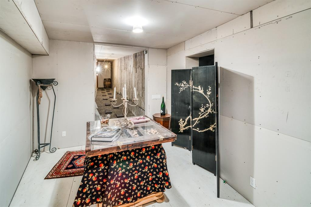 145 38A Avenue SW , Calgary, 0046   ,T2S 0W3 ;  Listing Number: MLS A1054137