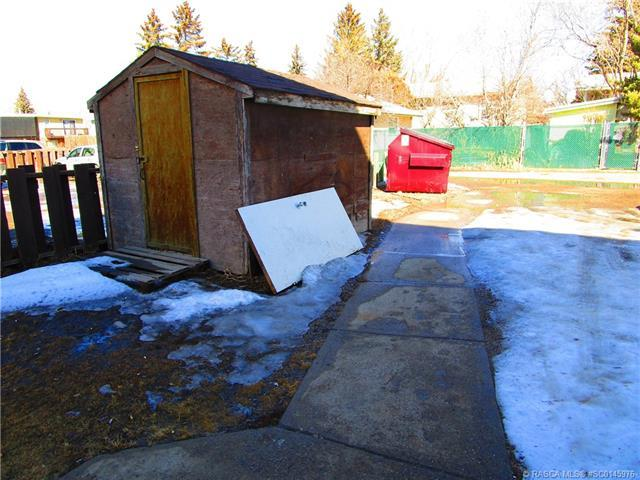 1-12, 1040 3rd Avenue E , Brooks, 0043,T1R 0H4 ;  Listing Number: MLS A1061815